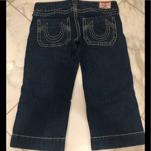 True Religion blue jeans cropped ankle pants